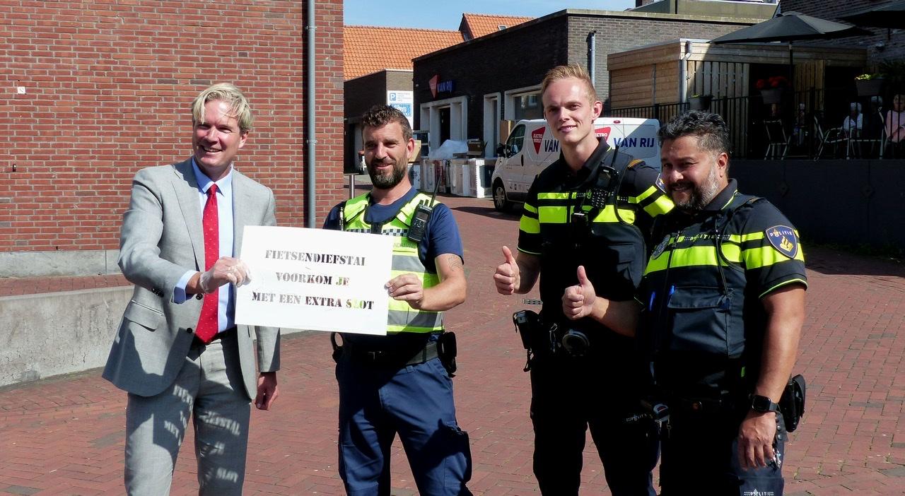Botlek TV – Geef fietsendieven geen kans, ga bij de graveeractie langs / Spijkenisse 2021
