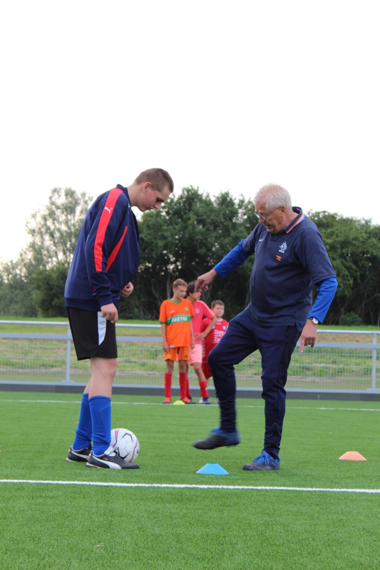 Training helpt trainers omgaan met beperkingen of stoornissen in de groep